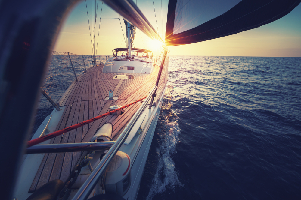 Sunset at the Sailboat deck while cruising in article image